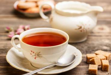Summertime Tea: Why Drink It Hot?